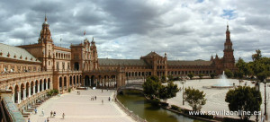 "Plaza de España is said to be built in this shape and direction to symbolize a ""hug"" to America."