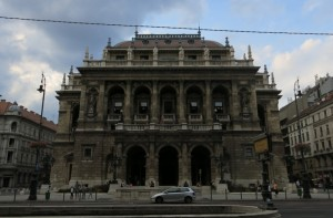 Scenery during the stroll: Budapest Opera House