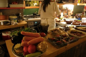 The homestyle kitchen from wherest our meze was made.
